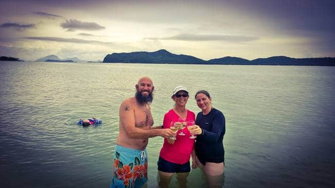 https://islandgemtours.com/wp-content/uploads/2016/07/image017.jpg