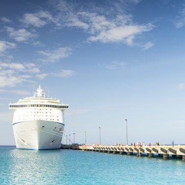 http://islandgemtours.com/wp-content/uploads/2016/11/cruise-ship-1218305_1920-1-377x377-1-377x377.jpg