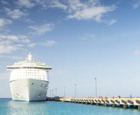 http://islandgemtours.com/wp-content/uploads/2016/11/cruise-ship-1218305_1920-1-377x377-1-450x368.jpg